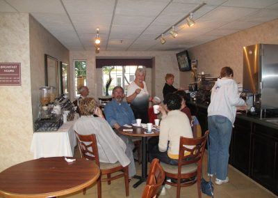Jeudi 15 : petit dŽjeuner ˆ Wiston-Salem